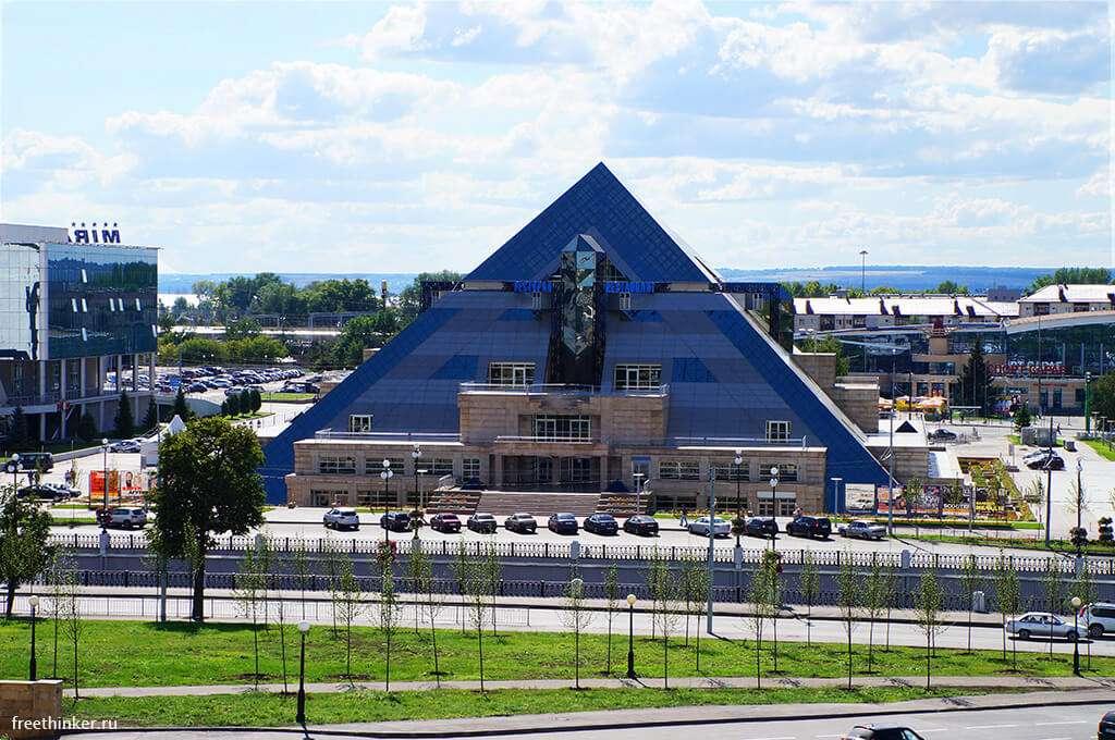 kazan-kulturno-razvlekatelnyy-kompleks-piramida